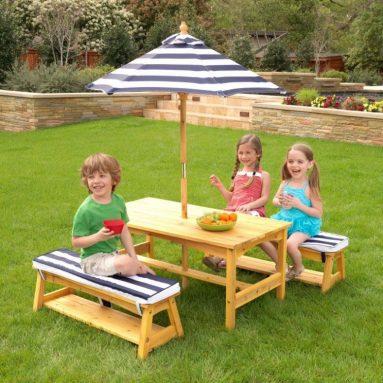 Набор: стол и скамейки с зонтом KidKraft 00106_KE